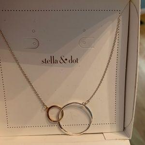 Stella & Dot Eternity Necklace